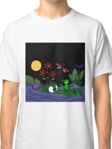 Funky Frog Sitting on Alligator Snout Classic T-Shirt