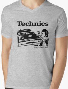 technics 2 Mens V-Neck T-Shirt