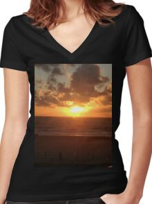 Sunny Waves Women's Fitted V-Neck T-Shirt