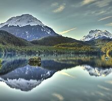 Lake Sylvan, New Zealand by Kimball Chen