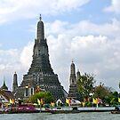 Wat Arun, Bangkok, Thailand. by johnrf