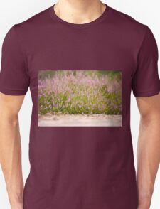 Bunches of pink heather flowering Unisex T-Shirt