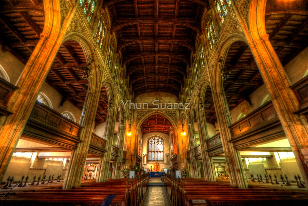 St Mary The Great - The Nave, Cambridge  by Yhun Suarez