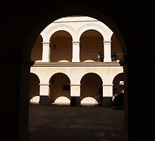 Arches, dark and sunny. by simonsakkab