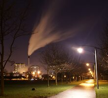 Glasgow green at night. by Antony Lakey