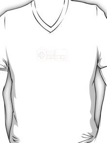 KEEP CALM AND PLAY NES - Parody T-Shirt