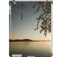 Sunrise at Lake Burley Griffin in Canberra/ACT/Australia (11) iPad Case/Skin