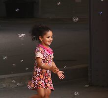 Bubbles make the happiest moments by Aimelle