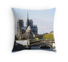 Bateaux Mouche sight Throw Pillow