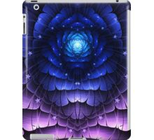 Growing Alien iPad Case/Skin
