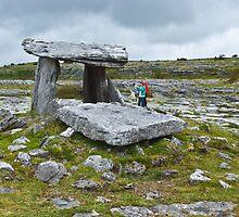 Poulnabrone portal tomb by Yukondick