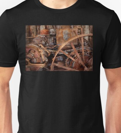 Steampunk - Machine - The industrial age Unisex T-Shirt
