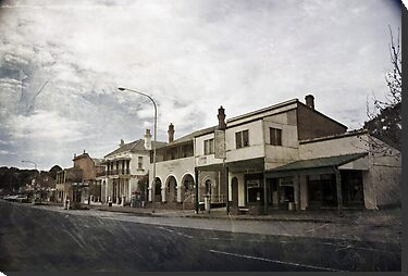 Molong Facade by garts