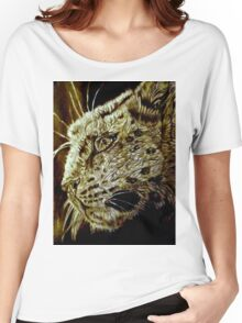 The Hunt-Snow Leopard Eyes Prey Women's Relaxed Fit T-Shirt