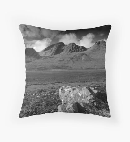 Cuillin Hills Skye,Highlands Throw Pillow