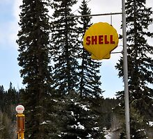 Vintage Shell station by worretphoto