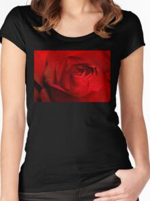 Red Rose Macro 4 Women's Fitted Scoop T-Shirt