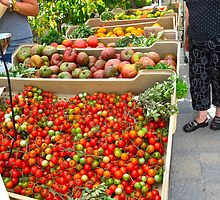 Fresh organic produce from Ontario by MarianBendeth