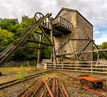 Minera Mine by Adrian Evans