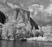 El Capitan & Valley View, Yosemite by Chris Tarling