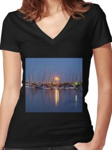 Manly Boat Harbour Women's Fitted V-Neck T-Shirt