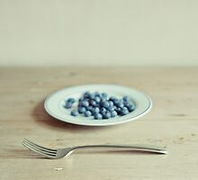 Blueberries by Sophie Goldsworthy