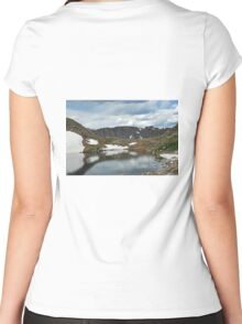 Summit Lake in Summer Women's Fitted Scoop T-Shirt