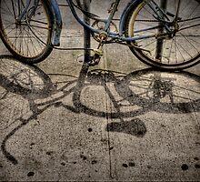 Old bike by Laurent Hunziker