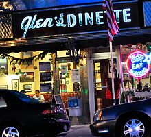 Glen's Dinette in Babylon Village by vicjauron