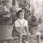 una bambina...in mezzo ai vasi di fiori .....Italy...3000 VISUALIZZAZ.MAGGIO 2013 - &&&& VETRINA RB EXPLORE 12 SETTEMBRE 2012 !!!! by Guendalyn