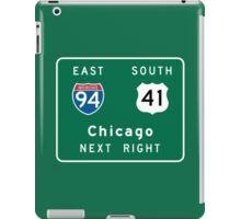Chicago, IL Road Sign iPad Case/Skin