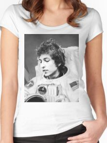 ASTRONAUT BOB Women's Fitted Scoop T-Shirt