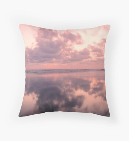 Striking sunset and reflection Throw Pillow