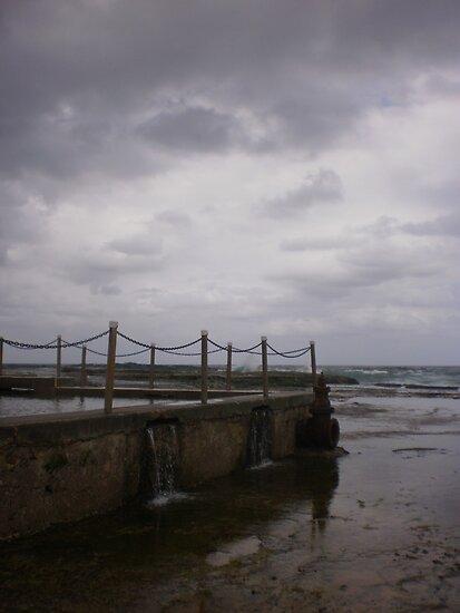 Mona Vale Beach, Sydney by Jane Wilkinson-Franssen