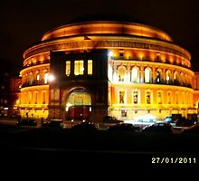 London: Famous buildings: Royal Albert Hall -(27/01/11)- Digital photo by paulramnora