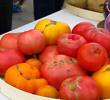 Ripe Tomatoes fresh from the fields by MarianBendeth