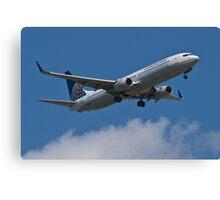 Continental N30401, a Boeing 737-900 Canvas Print