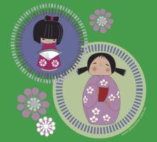 kokeshi twins Kids Tee