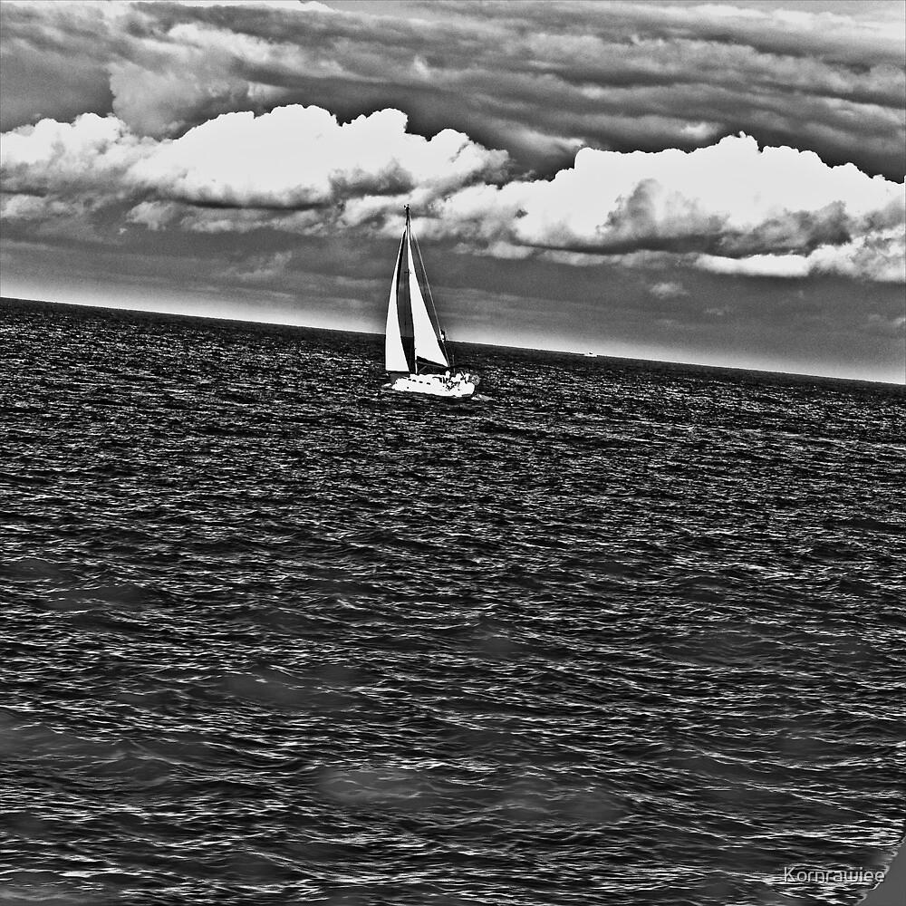 Go Sydney by sailing... by Kornrawiee
