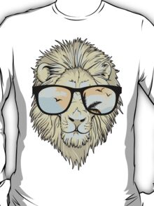 Vintage Lion With Sunglasses T-Shirt