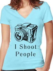 I Shoot People Women's Fitted V-Neck T-Shirt