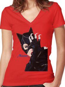 Catwoman Returns  Women's Fitted V-Neck T-Shirt
