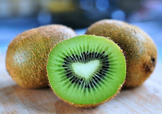 ♥ kiwi by Michelle McMahon