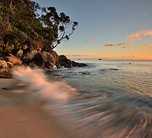 Whiritoa Dawn Rush by Ken Wright