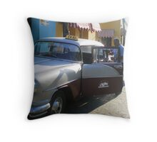 Taxi Cuban Style - Trinidad Throw Pillow