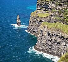 Cliffs of Moher at O'Brien's Tower by TonyCrehan