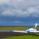 Tooradin airport, Australia. On a slow day. by johnrf