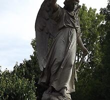 Norwood cemetary: Sculpture: Heavenly Angel -(220811a)- Digital photo by paulramnora