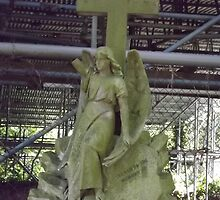 Norwood cemetary: Sculpture: Angel with cross/tombstone -(220811b)- Digital photo by paulramnora