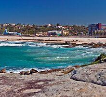 Maroubra Beach by Liz Percival